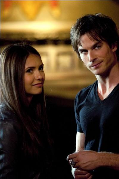 Quel âge a Elena ?