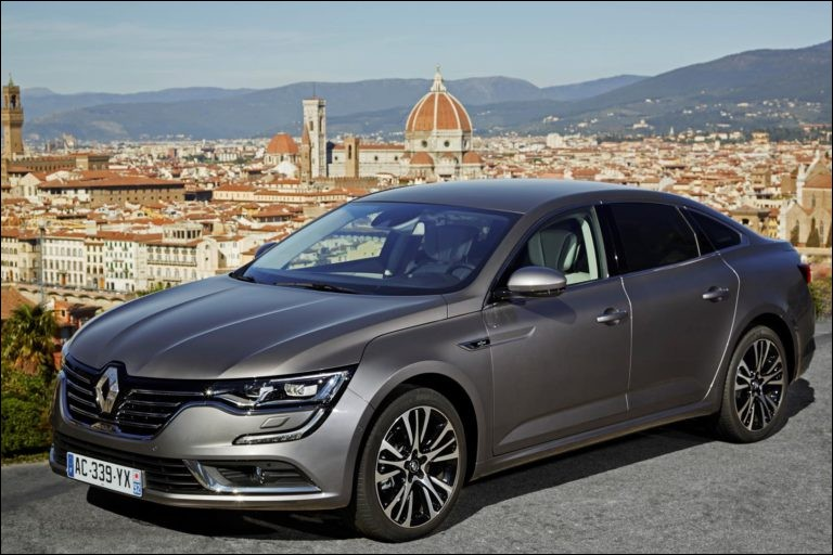 Quel est le modèle de cette Renault ?