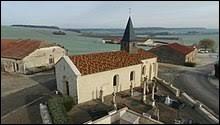 Vous avez sur cette image l'église Saint-Rémy d'Aingoulaincourt. Peuplé de 13 habitants, ce village champardennais se situe dans le département ...