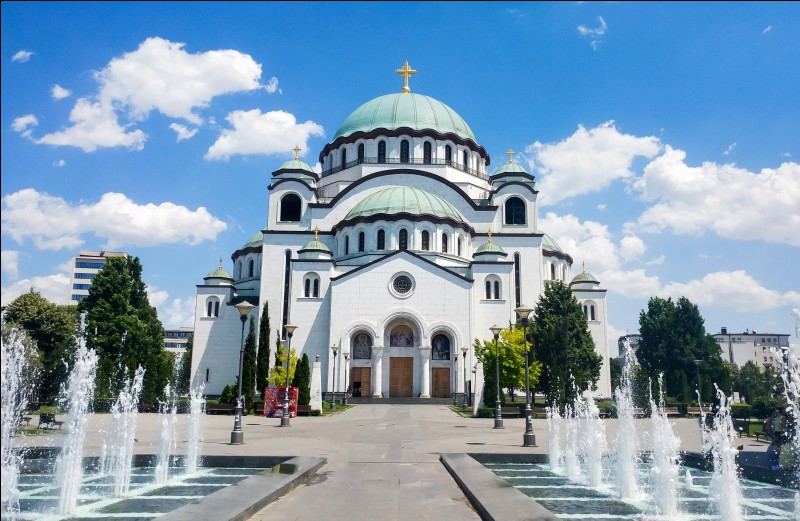 Laquelle des villes suivantes est la capitale de la Serbie ?