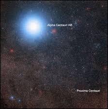 À combien d'années-lumière sommes-nous de Proxima du Centaure (Alpha Centauri C), système solaire le plus proche de nous ?