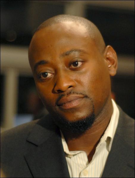 """Dans quelle série Omar Epps tient-il un rôle similaire à celui qu'il tient dans """"Dr House"""" ?"""