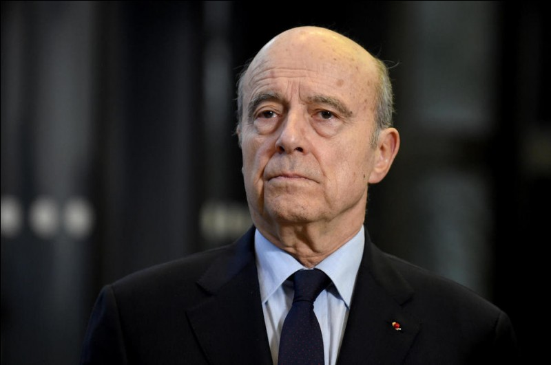 Cet homme politique, premier ministre de 1995 à 1997, plusieurs fois ministre, maire de Bordeaux jusqu'en mars 2019, se prénomme ...