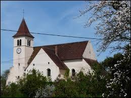 Commune de Bourgogne-Franche-Comté, dans l'arrondissement de Dole, Santans se situe dans le département ...