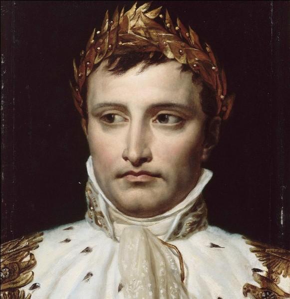 En 1815, au sortir de quelle bataille Napoléon Bonaparte abdiqua-t-il pour la seconde fois et fut exilé à Sainte-Hélène ?