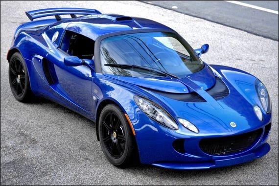 Quel est le modèle de cette Lotus ?