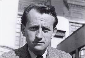 """Ecrivain, auteur de """"La Condition humaine"""" et de """"L'Espoir"""", il a aussi été, de 1959 à 1969, Ministre chargé des Affaires culturelles. Il se prénomme ..."""