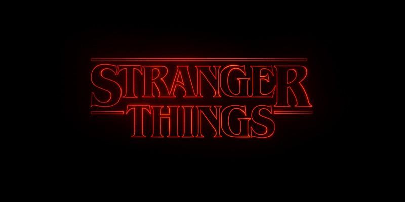 """Au cours de quelle décennie, l'action de la série """"Stranger Things"""" se déroule-t-elle ?"""