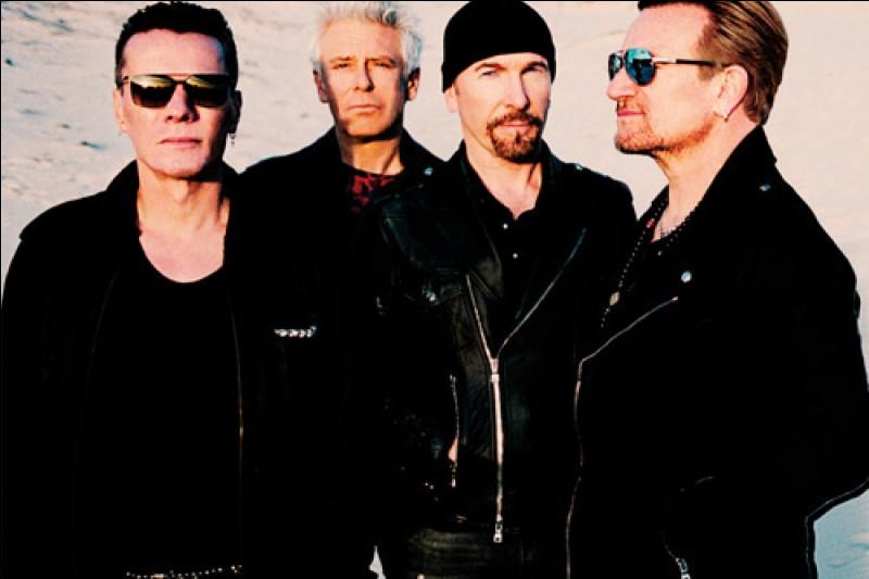 """Le groupe U2 a chanté """"Wind of Change""""."""