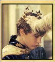 Quel est le titre qui lui est donné lors de son couronnement ?