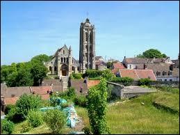 Aujourd'hui, notre balade commence en Île-de-France. Nous sommes à Beaumont-sur-Oise, ville située dans le département ...