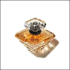 Quelle marque a créé un parfum nommé 'Trésor' ?