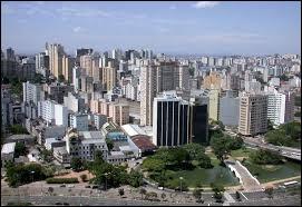 Laquelle de ces villes est brésilienne ?