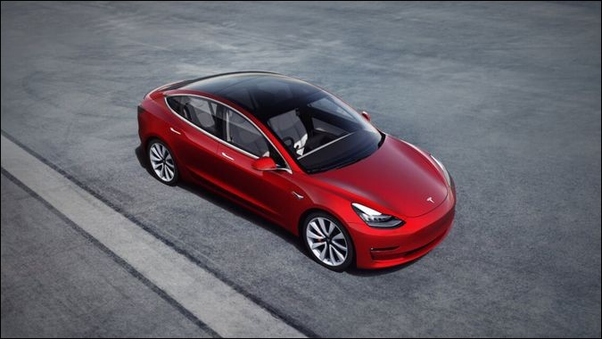 Quelle autonomie est revendiquée par Tesla pour sa Model 3 ?