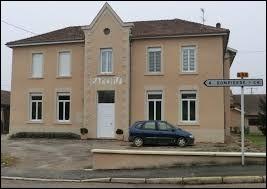 Commune Aindinoise, Baneins se situe en région ...