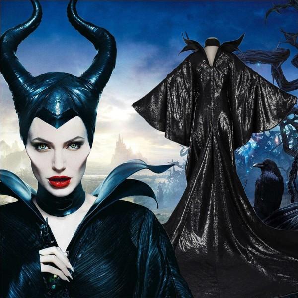 """Quel est le nom de la sorcière iconique du remake du film """"La Belle au bois dormant"""" ?"""