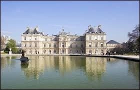 De quoi le palais du Luxembourg est-il le siège ?