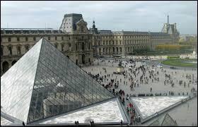 En quelle année le musée du Louvre a-t-il ouvert ses portes ?