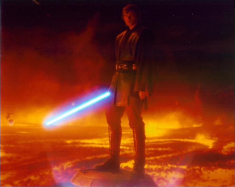 Que fait Anakin dans ce film ?