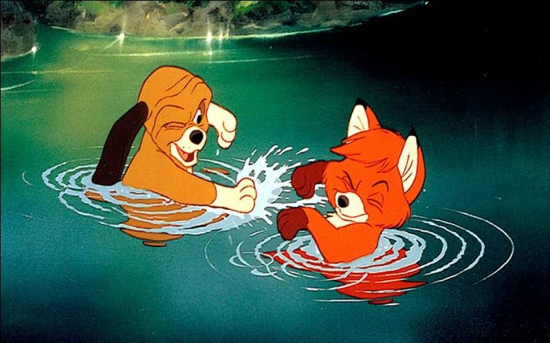 Un chien de chasse et un renard tentent de combattre l'impossible en devenant amis dans ...