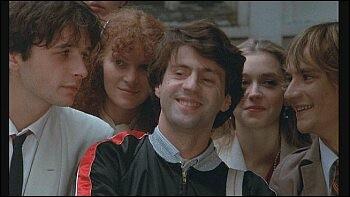 """Dans la classe de terminale de quel lycée, Bebel, Julien, Caroline et Jeanne, sont-ils dans le film de Zidi """"Les Sous-Doués passent le BAC ?"""