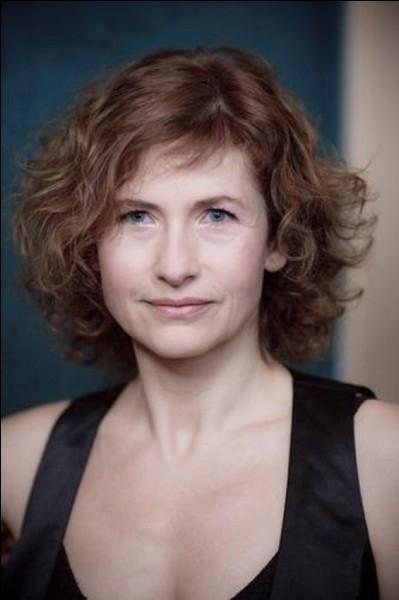 """Elle était Solange dans """"La Discrète"""", Violette Morhange dans """"Les Choristes"""" et Martine, la secrétaire du ministre dans """"Quai d'Orsay"""" : c'est ..."""