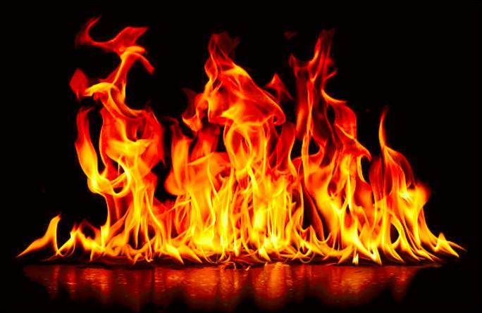 """Allumer le feu"" : Est-ce une chanson de Johnny Hallyday ?"