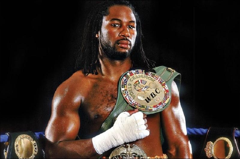 Connais-tu ce triple champion du monde poids lourds britannique ?