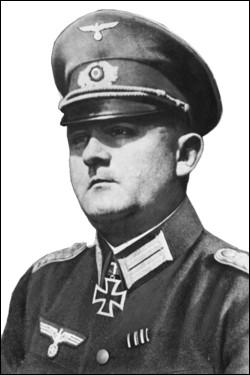 En 1944, qui est Dietrich von Choltitz ?