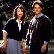 """Vincent Lindon et Sophie Marceau sont les protagonistes principaux du film """"L'Étudiante"""" sorti en 1988."""