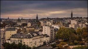 Limoges est la préfecture de la Corrèze.