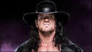 Qui n'a jamais battu l'Undertaker à Wrestlemania ?