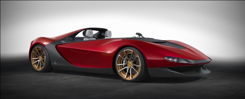 Genève, 2013. Pininfarina a désormais rendu hommage à son leader à présent disparu, au travers de cet inoubliable concept-car.