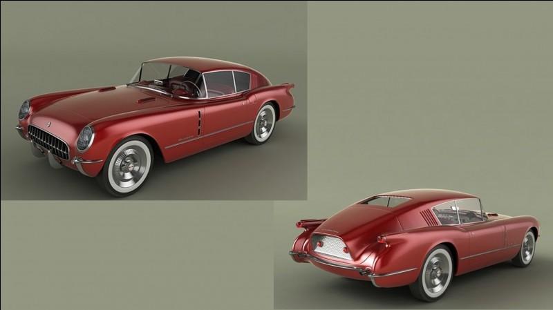 Lorsqu'elle fut exposée en 1953 au Motorama de General Motors, cette voiture fut présentée en 3 versions : roadster, coupé sport, et break.
