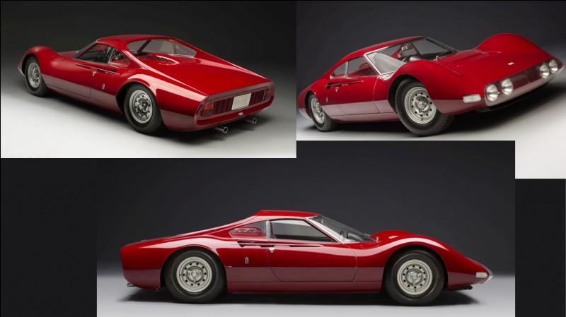 Ce concept-car italien porte le surnom du fils d'Enzo Ferrari, décédé prématurément à 24 ans. Seule une voiture exceptionnelle pouvait porter son nom.