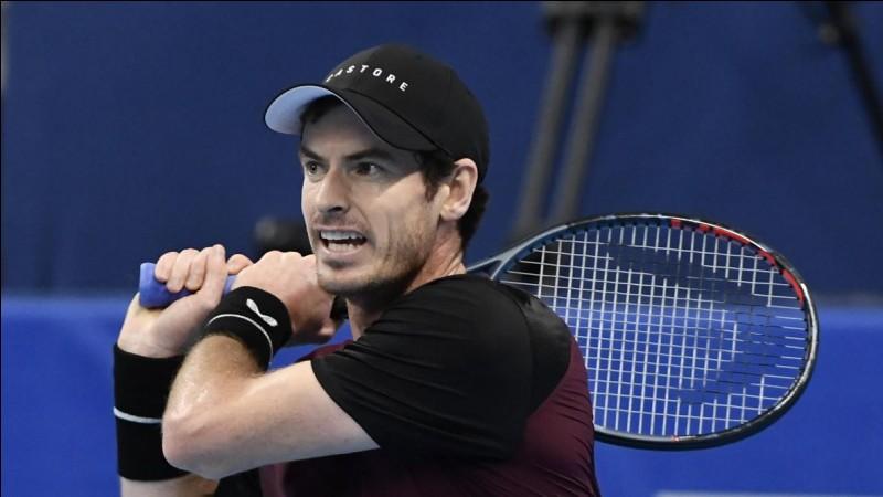 Ce joueur de tennis britannique, victorieux à l'US Open en 2012, à Wimbledon en 2013 et 2016, numéro 1 mondial en 2016, c'est ... Murray.