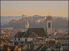 Besançon est la préfecture de la région Bourgogne-Franche-Comté.