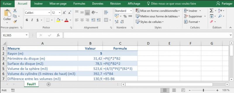 Comment procéder pour afficher le texte d'une formule de mon classeur dans une autre cellule du classeur ?Si je modifie la formule, le texte de la formule doit aussi être modifié.
