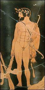 Hercule était le fils de la reine Alcmène.