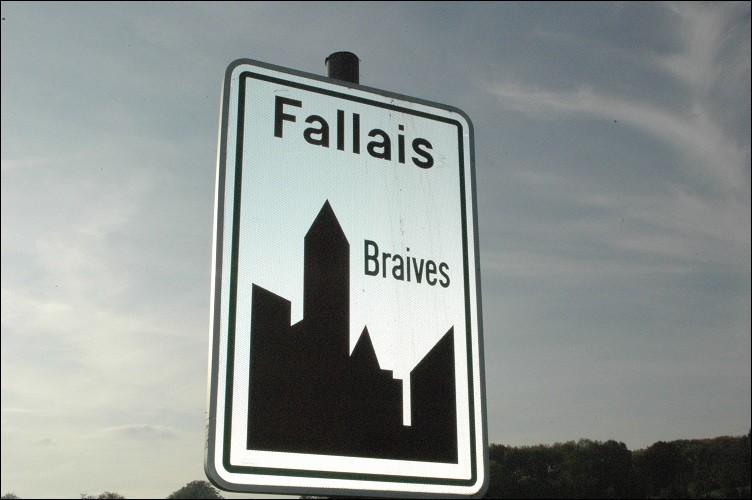 Ce panneau routier m'indique :