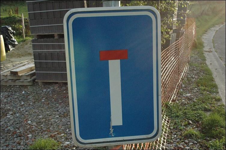 Ce pictogramme routier représente :