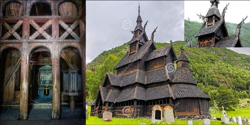 Allons en Norvège admirer cette magnifique « stavkirke » de Borgung. Elle est faite en bois contrairement au reste de l'Europe où les églises et cathédrales sont construites en pierre. Elles sont réalisées, surtout, à partir de bois de pin sylvestre.Comment nomme-t-on cette forme d'églises, de cathédrales ?