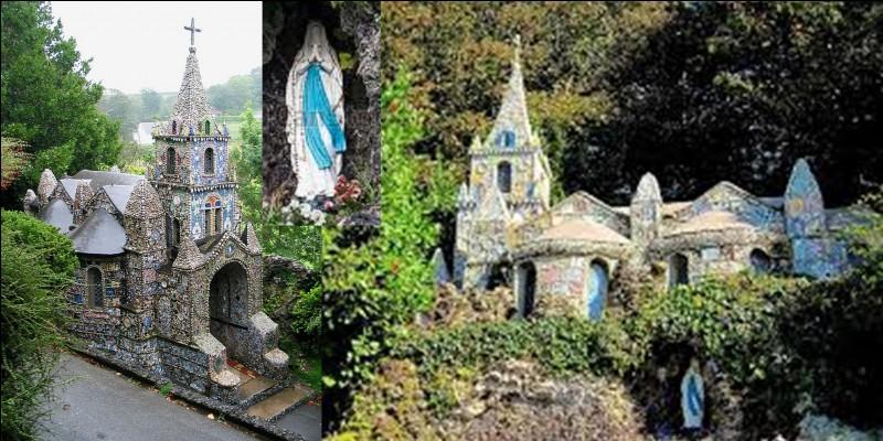 Victor Hugo ne put la visiter, cette chapelle n'existait pas à son époque. Elle a été réalisée par un prêtre français qui s'était exilé en cet endroit en 1913. Les locaux, dans leur langue régionale, l'appellent « la p'tite capelle d'Saint Andri ».Où sommes-nous ?De quels monuments, s'est-il inspiré pour la construire ?