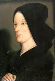Le 22 avril 1422, il épouse Marie d'Anjou. Sa belle-mère, duchesse d'Anjou, comtesse du Maine et de Provence, reine de Naples et de Jérusalem, l'a soutenu tout au long de sa vie. Il s'agit de