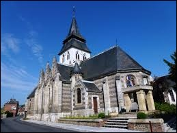 Nous terminons notre balade en Normandie, devant l'église Notre-Dame de Serquigny. Commune de l'arrondissement de Bernay, elle se situe dans le département ...