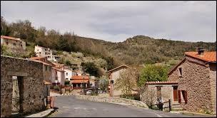 Montferrer est un village Catalan situé dans l'ancienne région ...