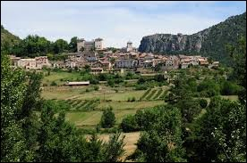 Commune d'Occitanie, Mostuéjouls se situe dans le département ...