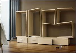 Quelle clé est souvent incontournable quand on veut monter un meuble Ikea ?
