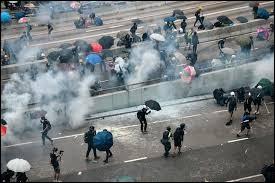Depuis le 31 mars 2019, plusieurs manifestations ont secoué Hong Kong. Comment appelle-t-on ce mouvement qui lutte contre la loi d'extradition (voulue par Pékin) et pour les droits de l'homme ?