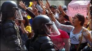 Le gouvernement équatorien a fait marche arrière face au mouvement de contestation, il a retiré son décret (négocié avec le FMI). Que prévoyait ce décret ?